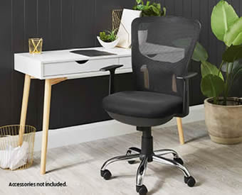 SOHL Scandi Office Desk at ALDI